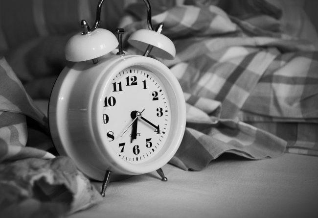 idei-practice-pentru-casa-iii-cum-sa-te-odihnesti-mai-bine-in-dormitor