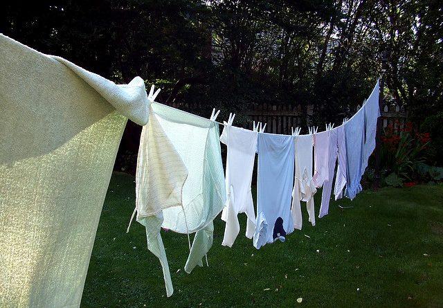 cu-ce-se-curata-rugina-de-pe-haine