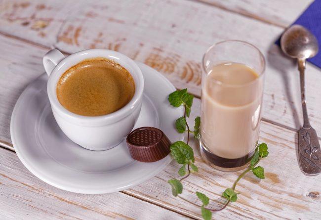 coffee-corner-cum-il-amenajezi-acasa