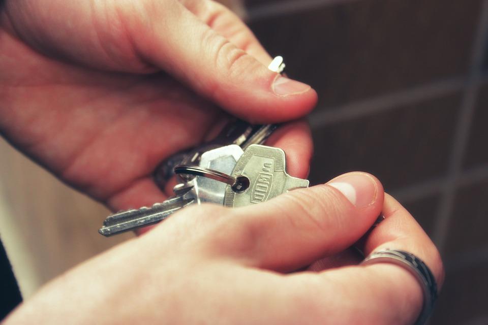 ce-sa-l-intrebi-pe-proprietarul-unei-locuinte-inainte-de-a-te-muta-in-chirie