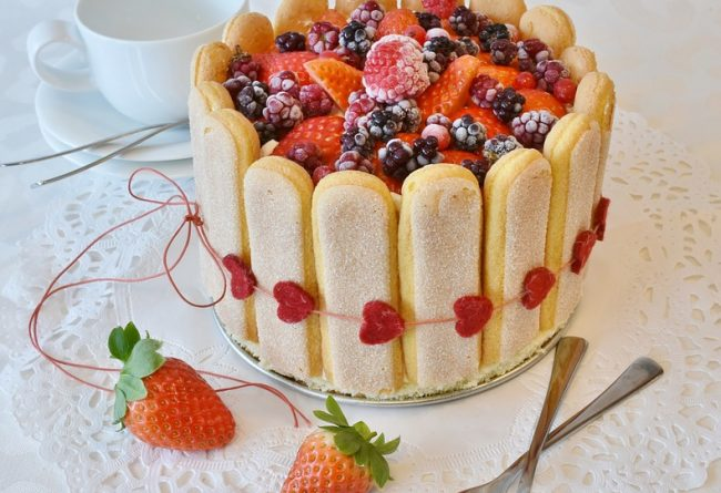 accesorii-pentru-preparat-un-tort-delicios